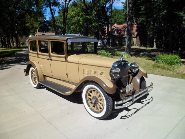 28 Dodge Sedan