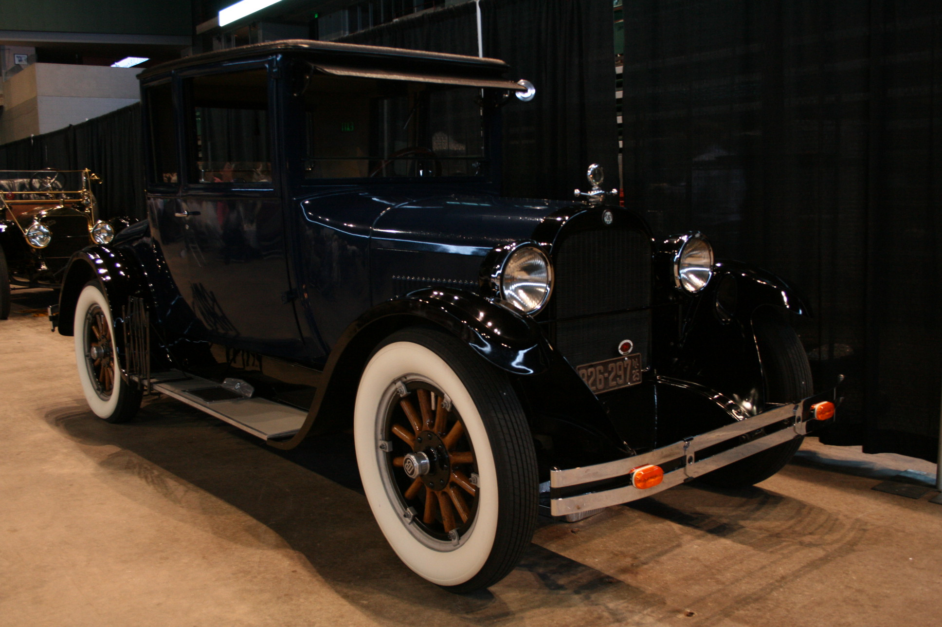 1925-Dodge-Brothers-Business-Coupe