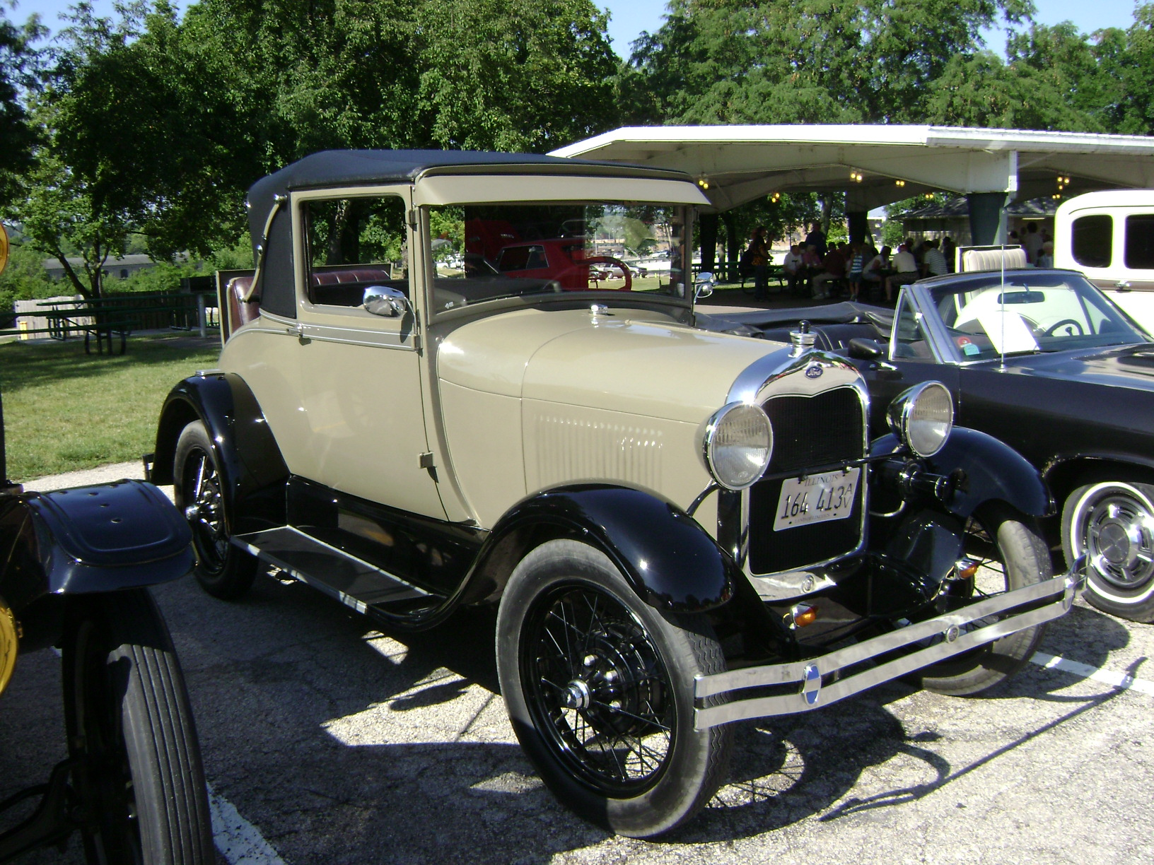 1928-Ford-Model-A-RS-Coupe