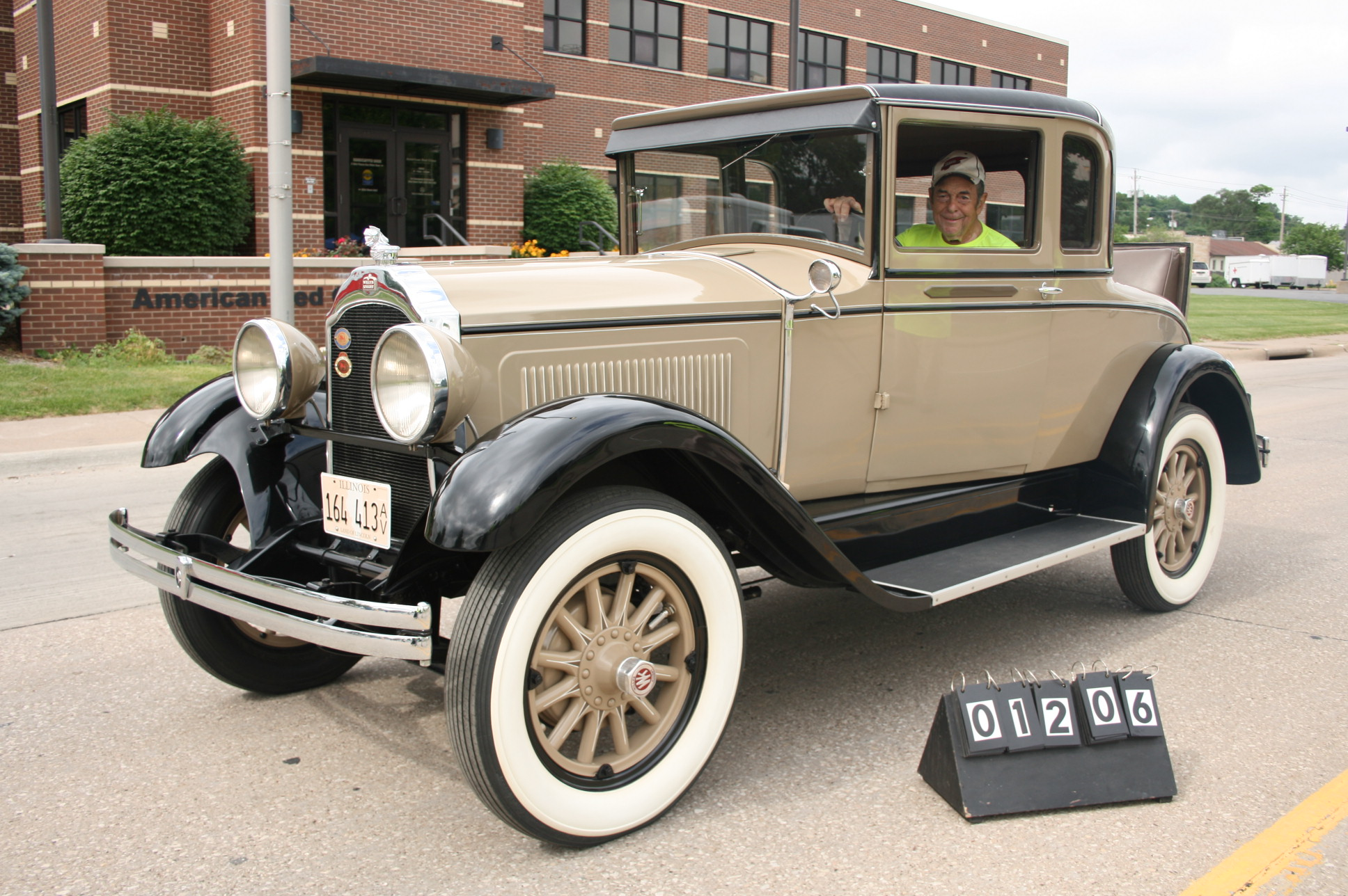 1928-Willys-Knight-Model-56-RS-Coupe