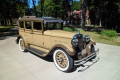 28-Dodge-Sedan