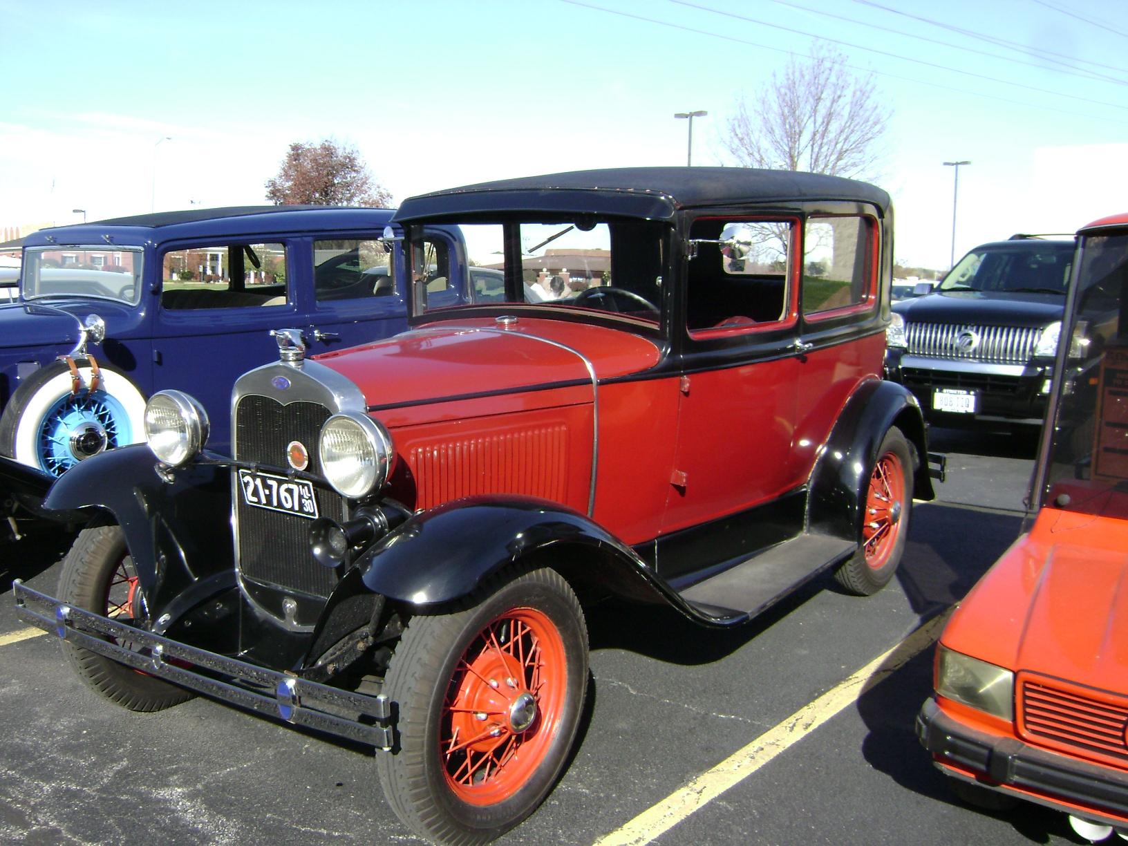 1930-Ford-Tudor