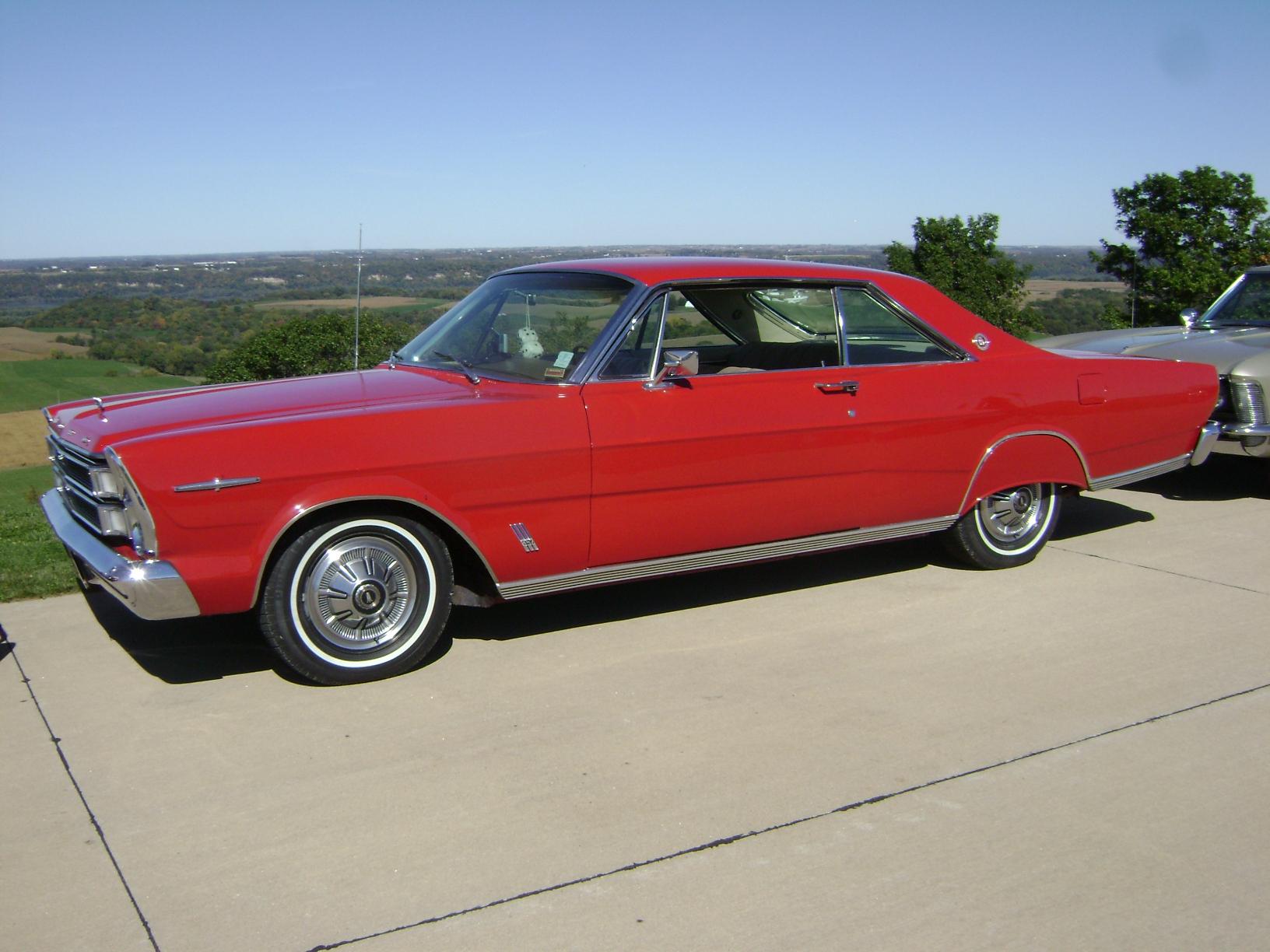 1966-Ford-LTD
