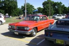1962-Pontiac-Star-Chief-4dr