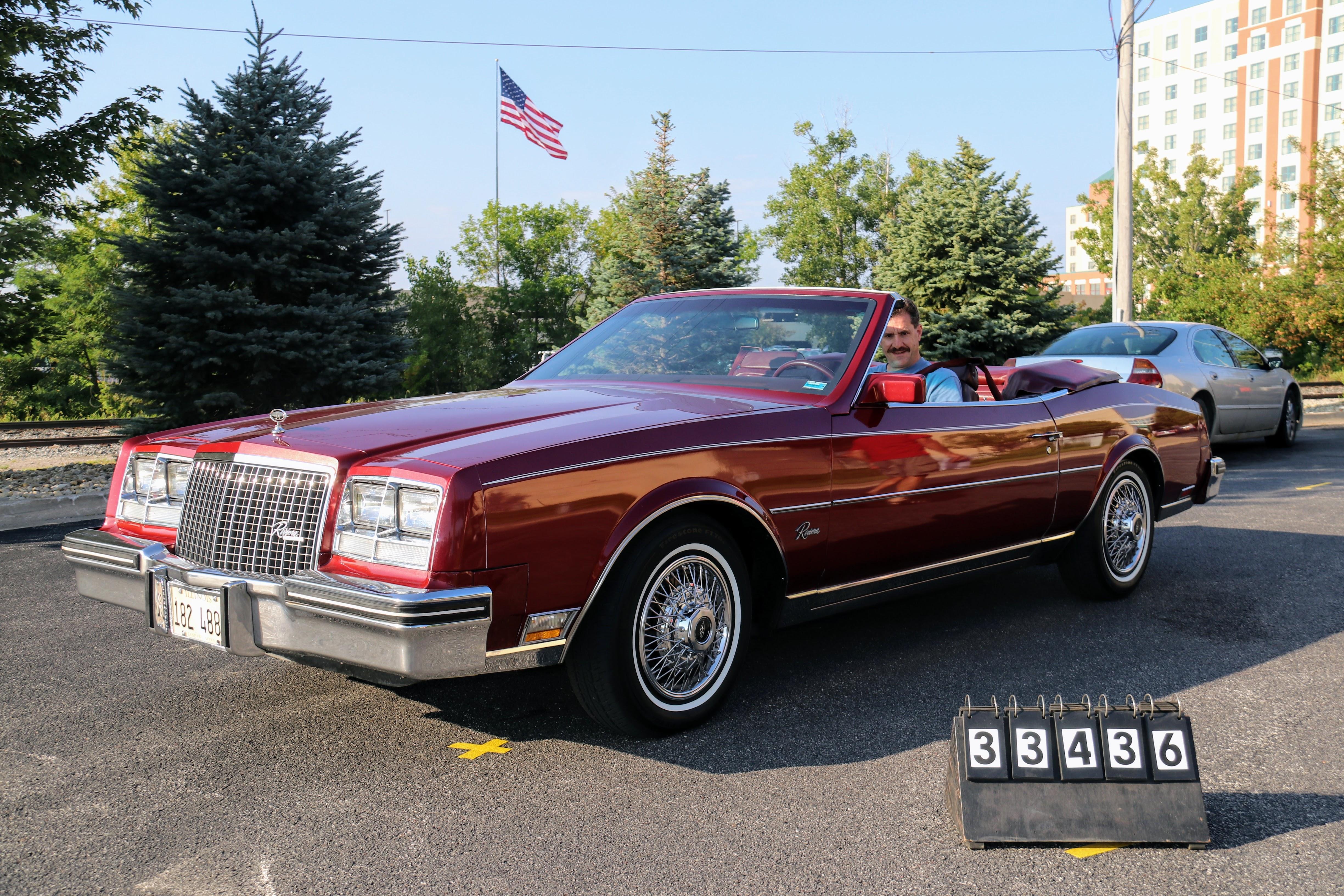 1983-Buick-Riviera-Convertable